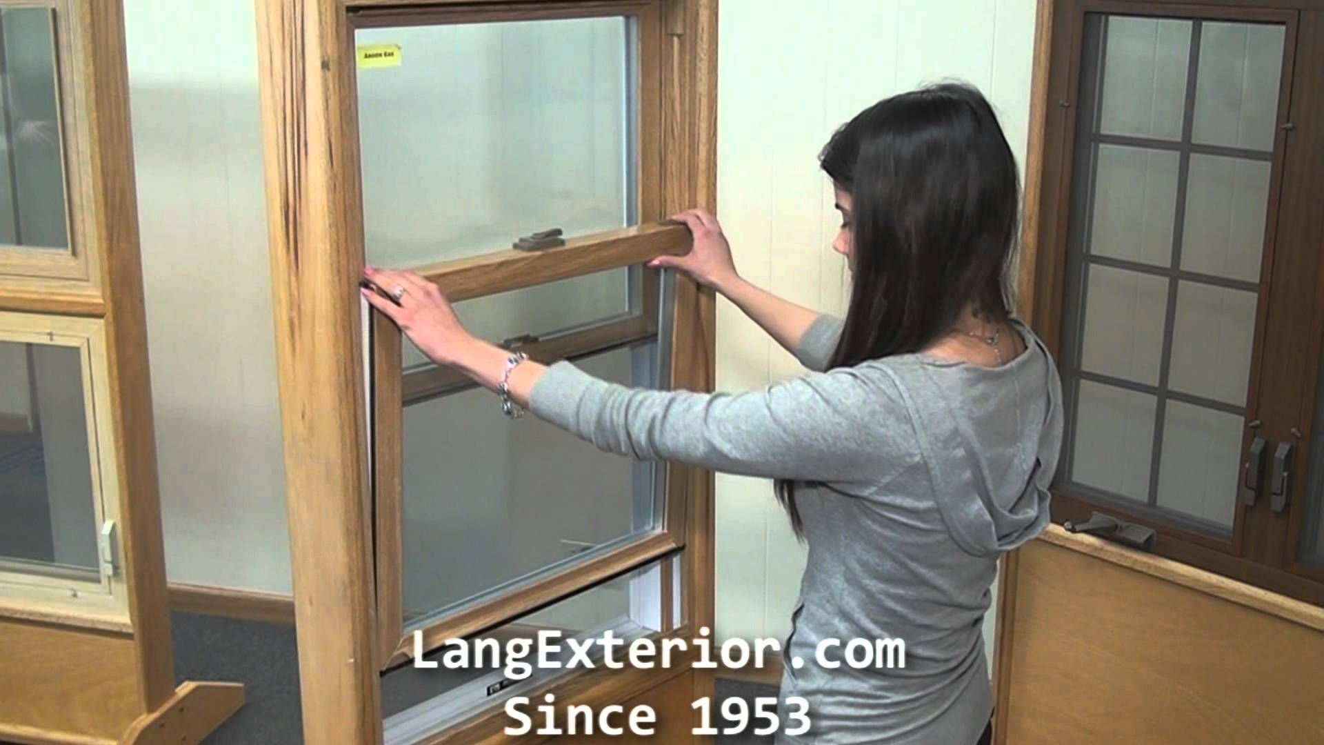 How to Remove a Lang Vinyl Double Hung Sash #langexterior #sash #doublehung #howto #windows #youtube #maintenance #tips #video #tutorial