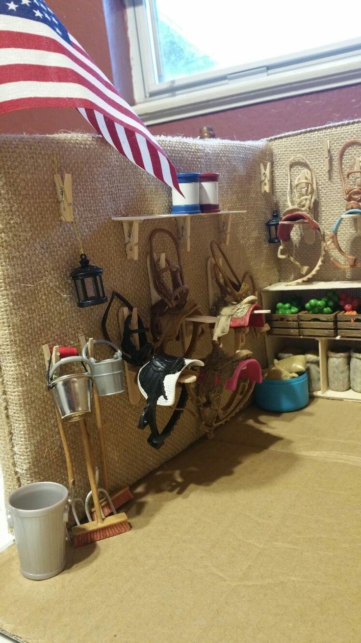 Bildergebnis für barbie pferdestall selber bauen #miniaturetoys