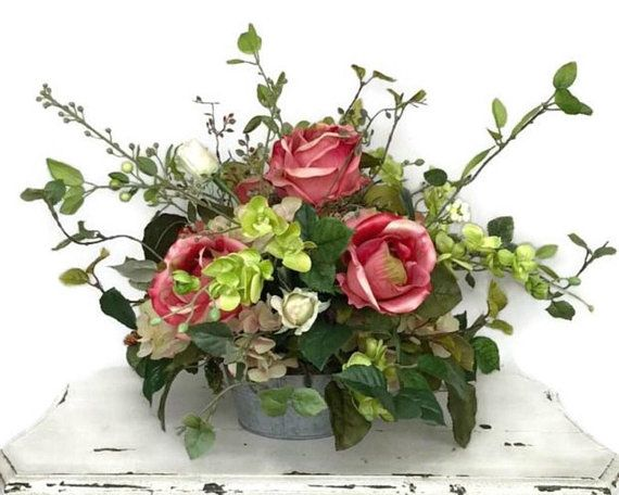 Rose Arrangement, Rose Centerpiece, Elegant floral arrangement