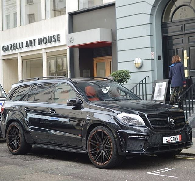 BRABUS GL 63 Widestar Widebody With 700 Horsepower Engine