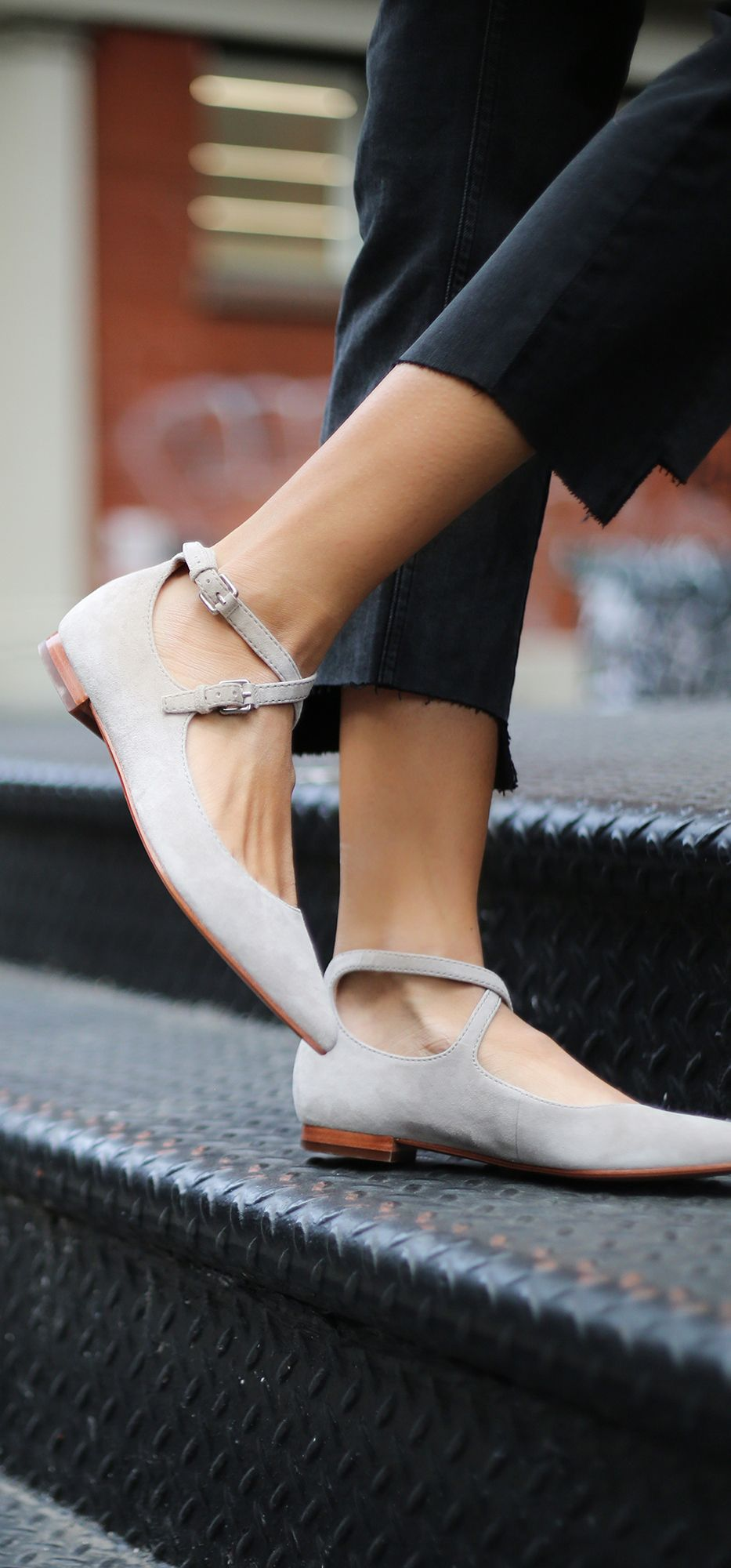 Sienna Cross Ballet Frye LPw07