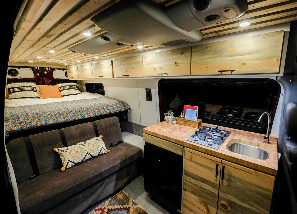 Maroon Bells Vanlife Customs 170 Mercedes Sprinter 4x4 Camper