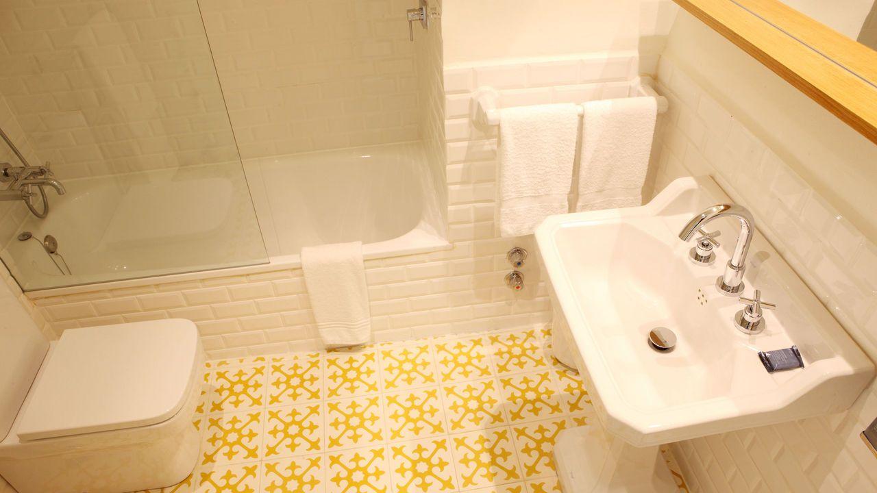 Fotografias - Hostal Spa Empúries #BIMAX #lavabo #TRESGriferia #spain