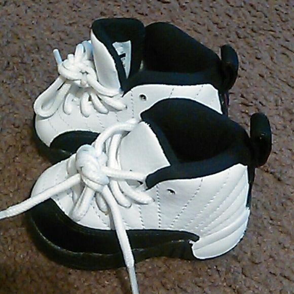 Jordan retro 11 taxi infant size 2