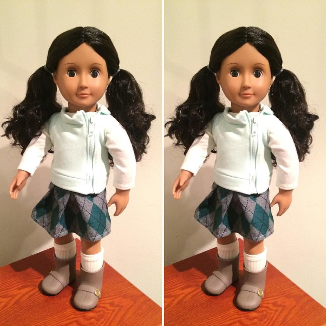 So cute! Her official name is Abril, I may change it. *hugs* #altagig #agadultcollector #doll #dollstagram #dollphotography #ourgenerationdoll #ourgenerationbrand