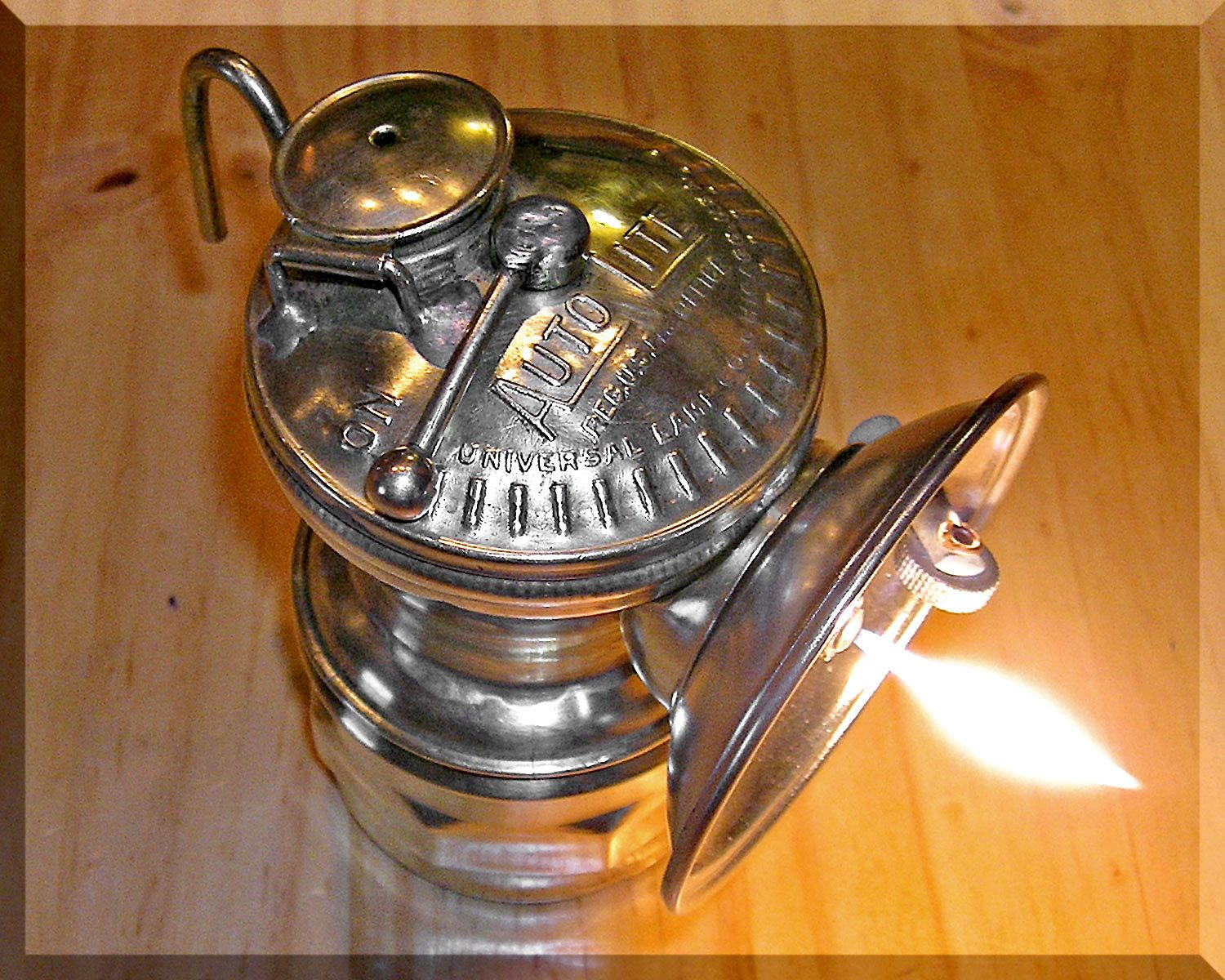 Antique ww1 british ever ready specialities cycle lamp or officers ...
