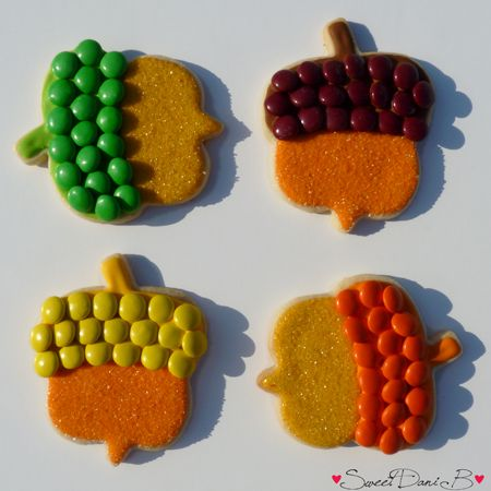 Happy Fall to all!  See the DIY on these adorable M&M acorn cookies at SweetDaniB.com