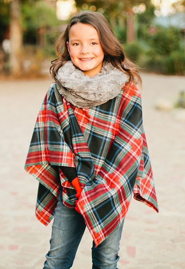 Cozy and oh sew easy! This Merry Poncho is perfect for beginners and ...