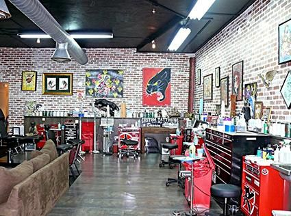 Miami Ink Tattoo Shop Lovetoknow Miami Ink Miami Ink Tattoos Tattoo Shop