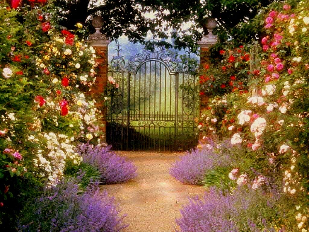 Free wallpaper gardens garden gate wallpaper for Wallpaper for home entrance