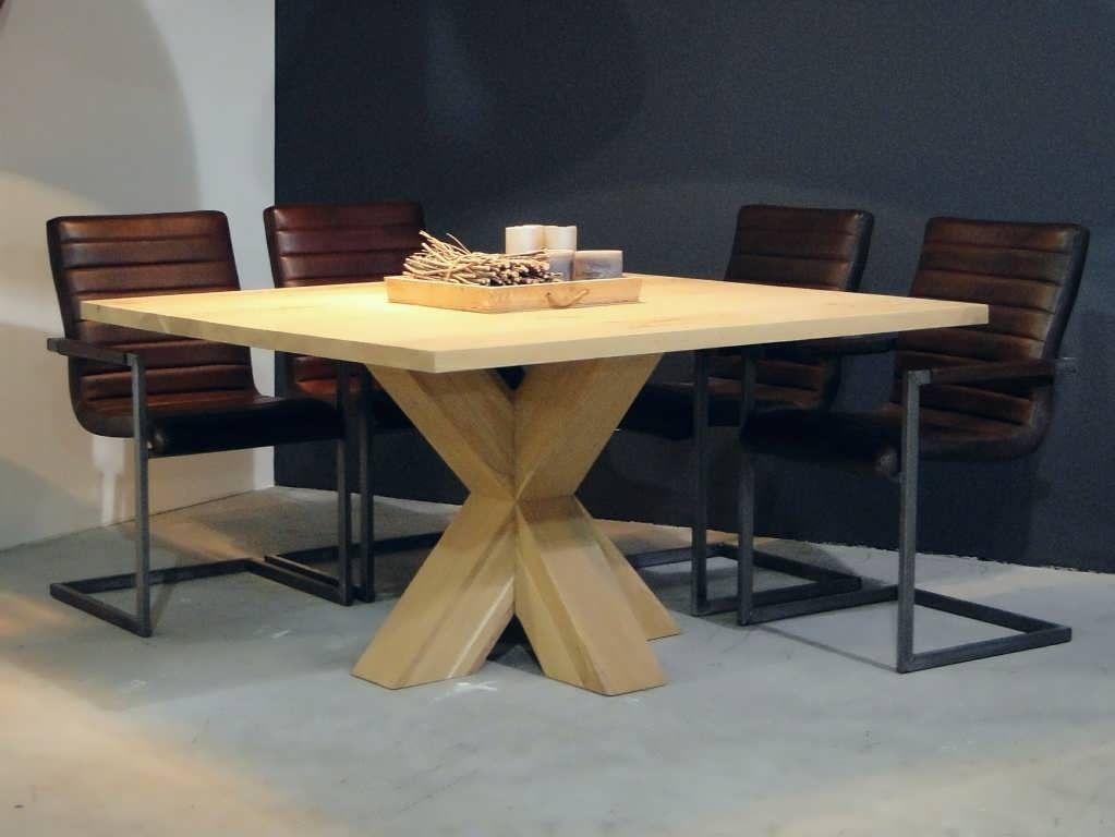 Vierkante eiken tafel menton robuuste tafels direct uit for Tafel op maat