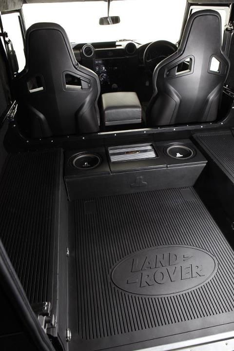 Alive Tuning / Prindiville 90 Defender rear compartment