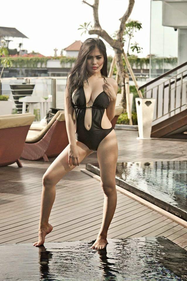 Majalah Pria Dewasa Koleksi  Foto Hot Nisa Beiby Model Cantik Seksi Bikini Lingerie
