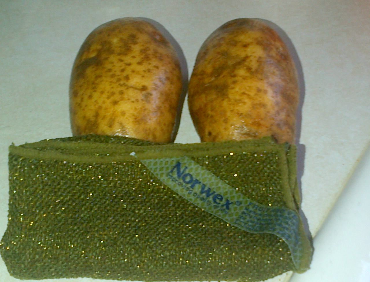 Norwex Fruit and Vege Cloth !  Also, will peel a carrot !  Contact me with your order . GoGreenTeamLinda@yahoo.com  $13.99