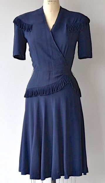 Pin von 1930s/1940s Women\'s Fashion auf 1940s Dresses | Pinterest