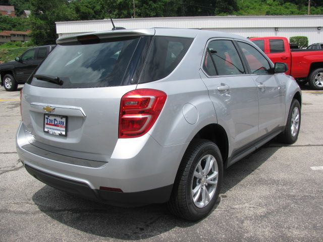 5 Year 60 000 Miles Powertrain Limited Warranty With Images Chevy Equinox Awd Chevy