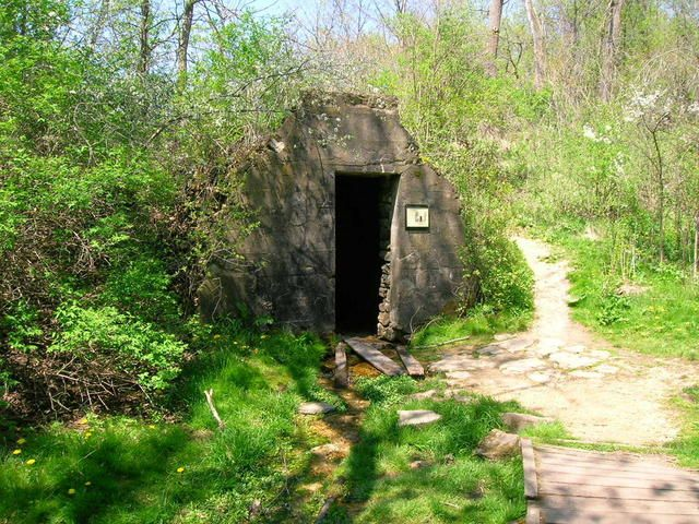 rock spring house governor dodge state park dodgeville wisconsin. Cars Review. Best American Auto & Cars Review