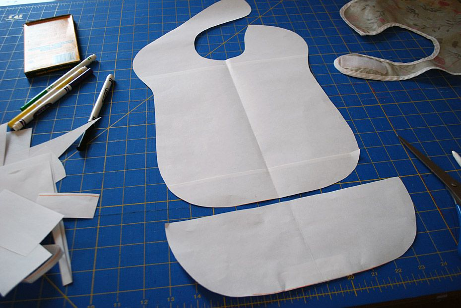 Extra-long baby bib free sewing pattern for toddler-sized spills ... 320e668e9