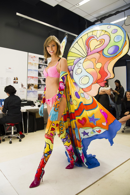 657bec2228d0 Karlie Kloss during Victoria's Secret 2013 fitting. | Favorite ...