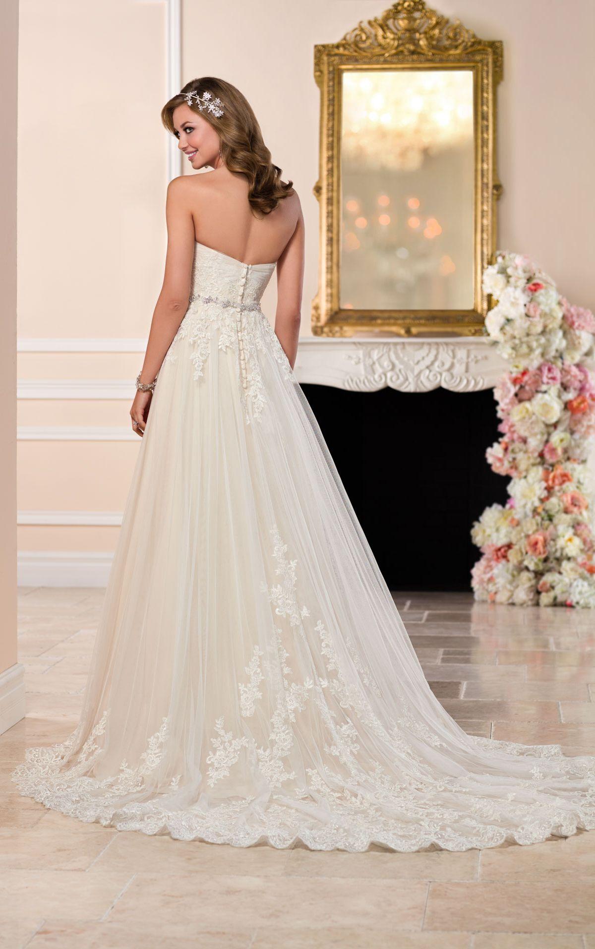 Tulle wedding dress with sweetheart neckline stella york stella