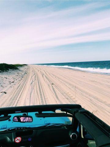 Iphone Jeep Beach Wallpaper