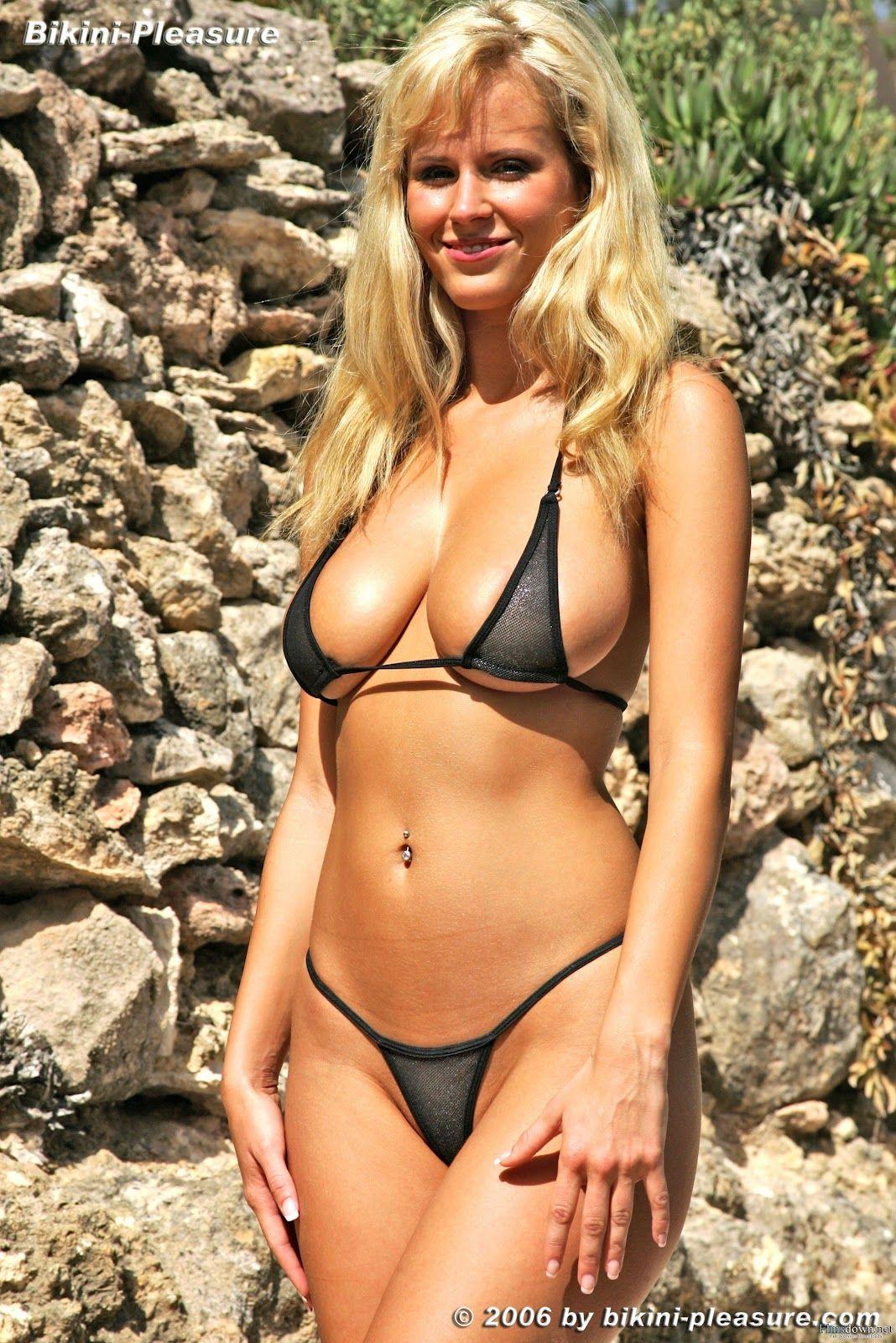 Bikini Pleasure Zuzana
