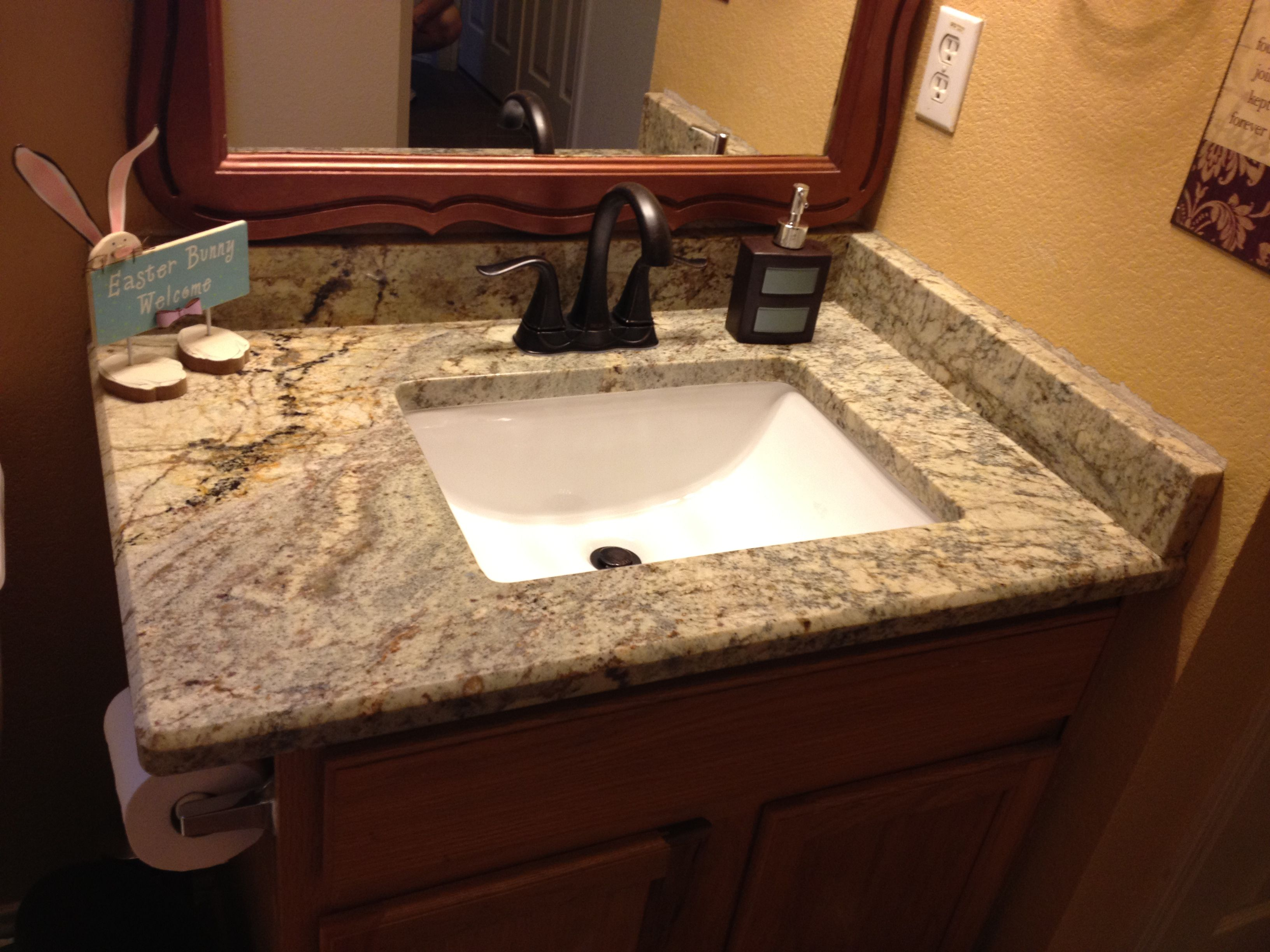 Square Undermount Sink With Granite Counter Bathroom Vanity