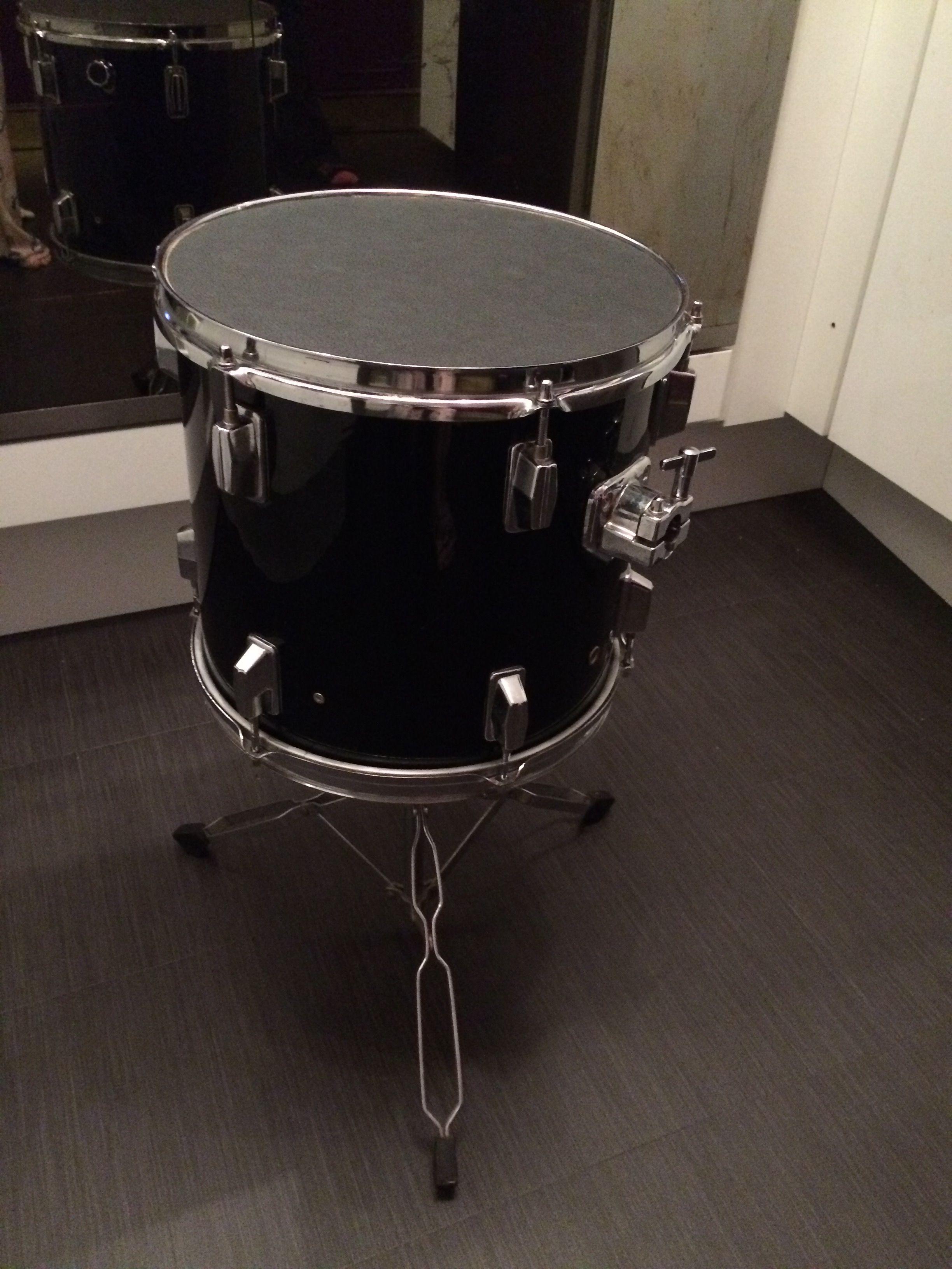 Upcycled tom drum on reworked snare stand wood top black leather