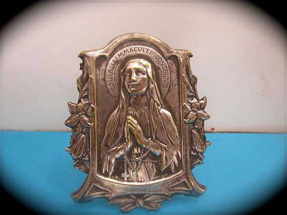 Stunning Early 1900's Virgin MARY HAUSALTAR by VINTAGELOURDES, $68.00