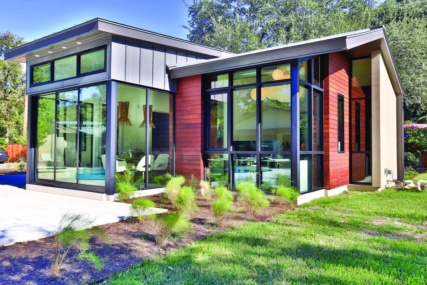 Metal Roofing With Images Modern Farmhouse Exterior House Exterior Metal Roof Houses