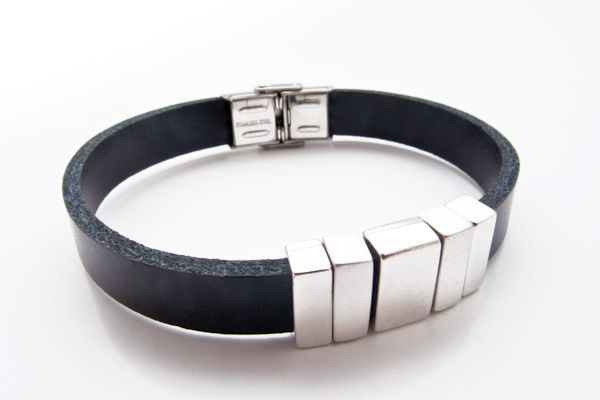 Men's Leather & Stainless Steel clasp bracelet