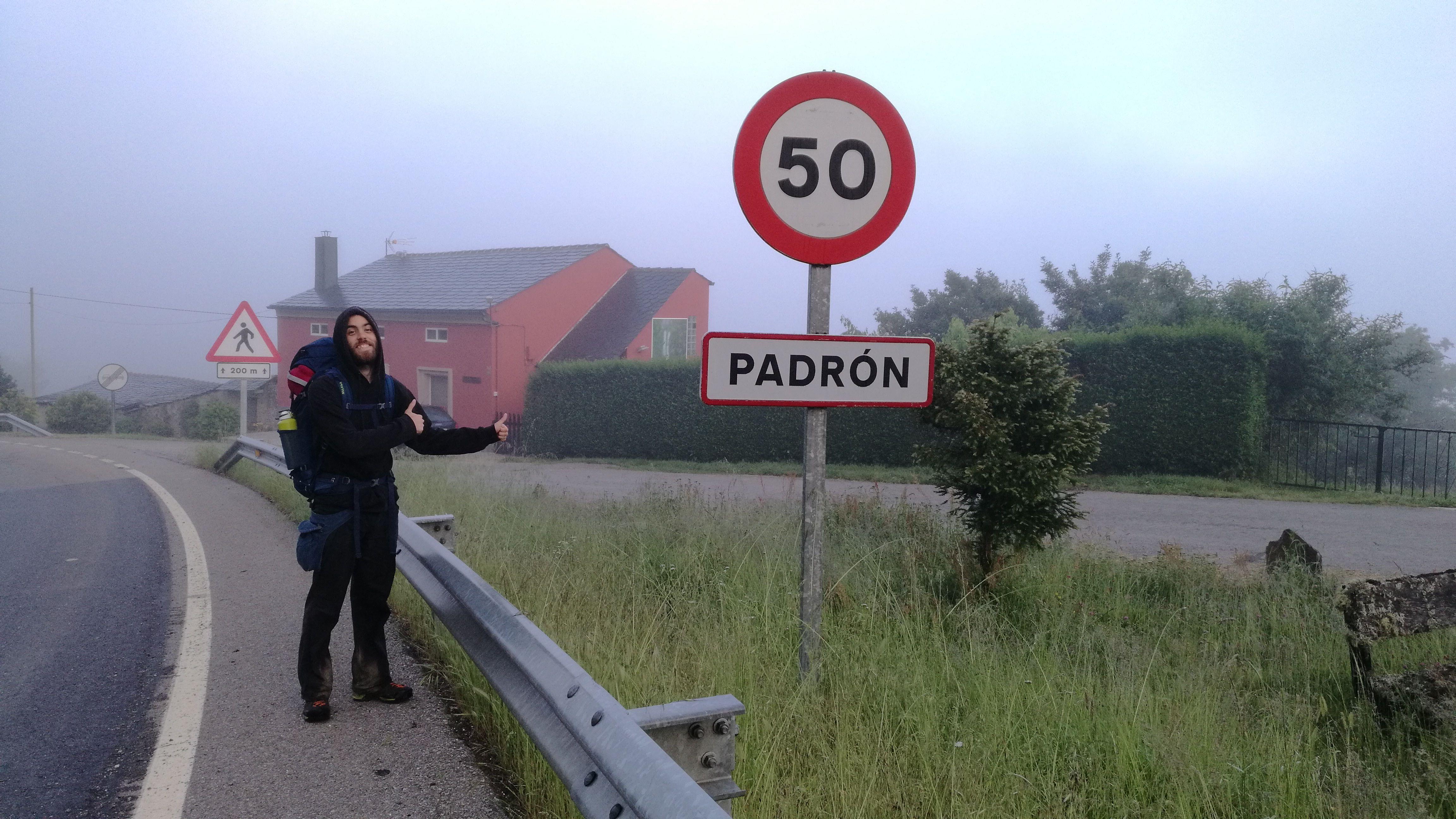 Entrando al pueblo de Padrón