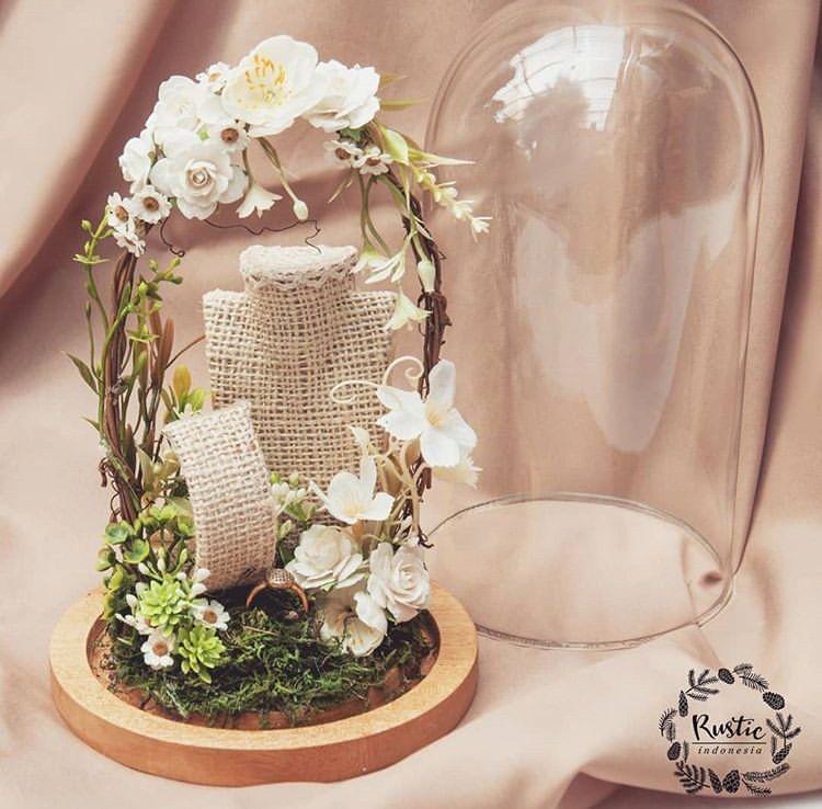 Ring Box Wedding Floral Decor Ide Kreatif Perhiasan