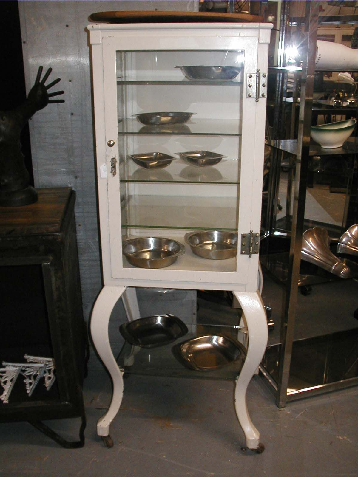 this would be nice in either a office or used as a display cabinet