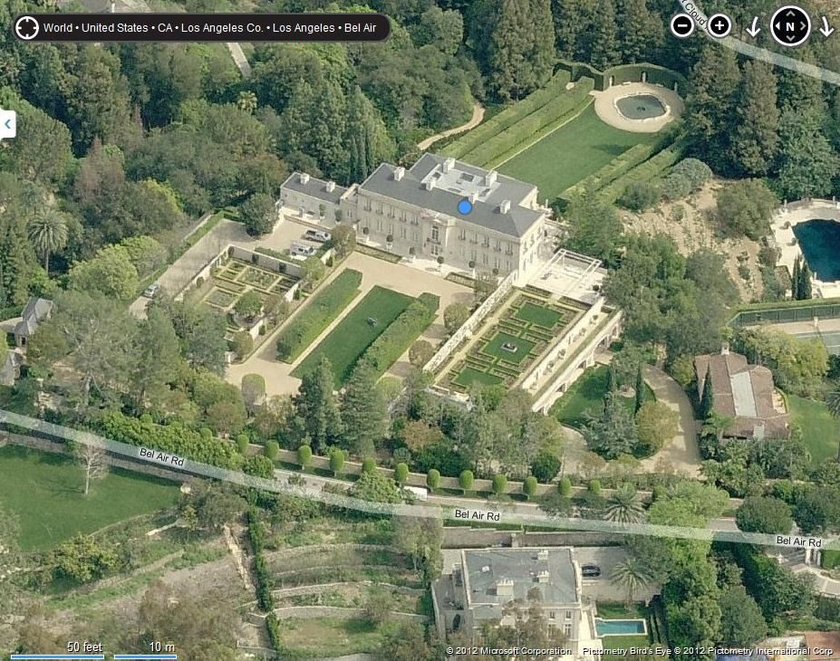 The Kirkeby Mansion From The Beverly Hillbillies Mansions Beautiful Modern Homes The Beverly Hillbillies