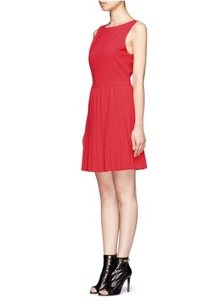 ALICE + OLIVIA - Shanna boat-neck pleated dress | Red Casual Dresses | Womenswear | Lane Crawford