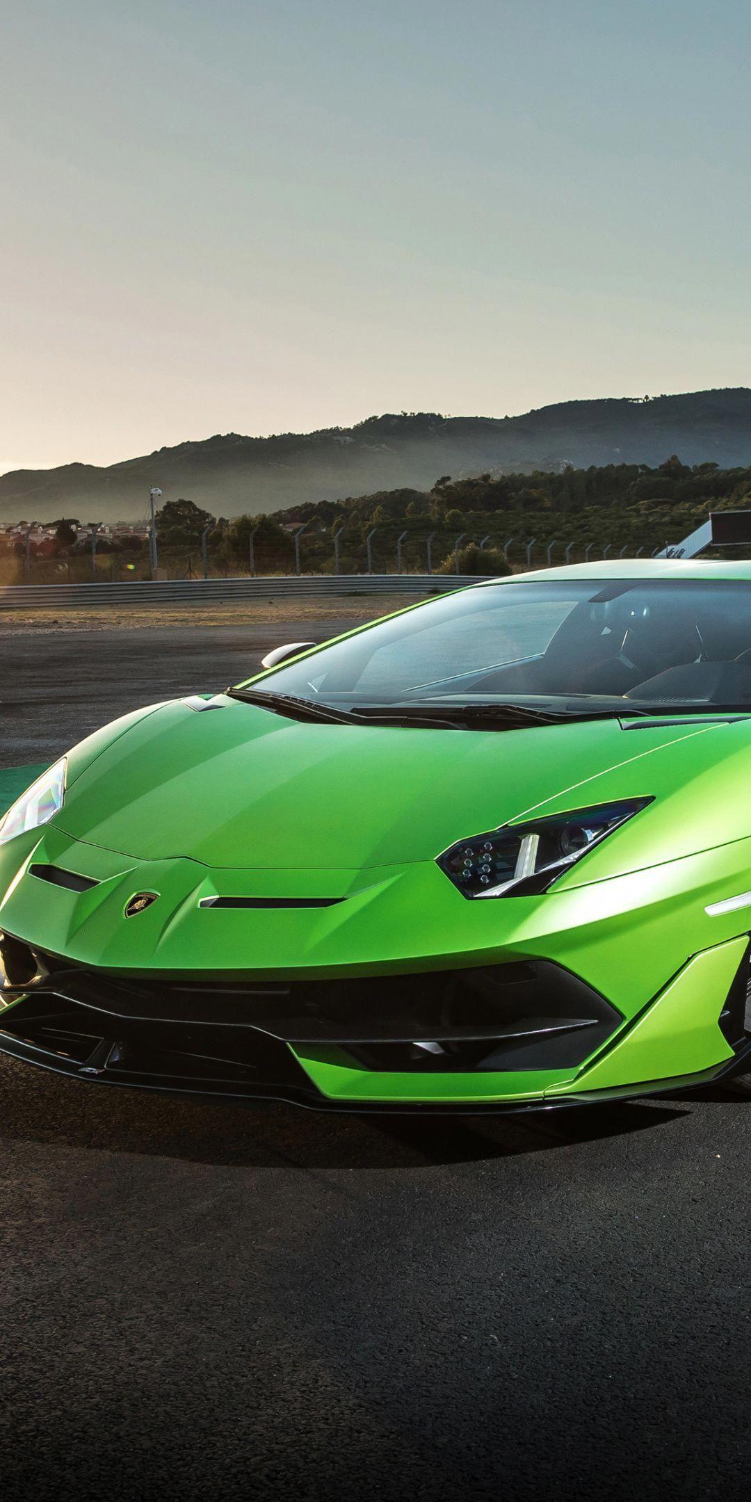 Lamborghini Aventador Svj Green Sports Car 2018 1080x2160 Wallpaper Luxurycars Sports Cars Lamborghini Super Cars Sports Car Wallpaper