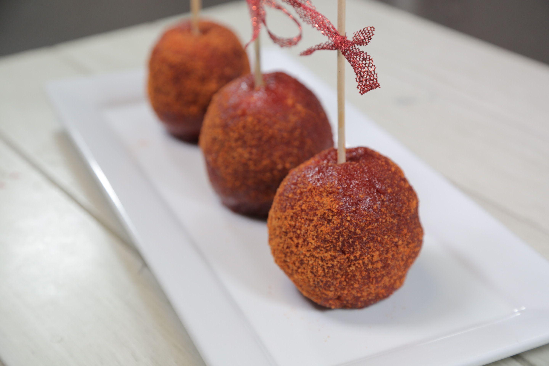 Manzanas Cubiertas con Chamoy   Receta   Recetas con manzana, Manzanas  cubiertas, Manzanas con chamoy