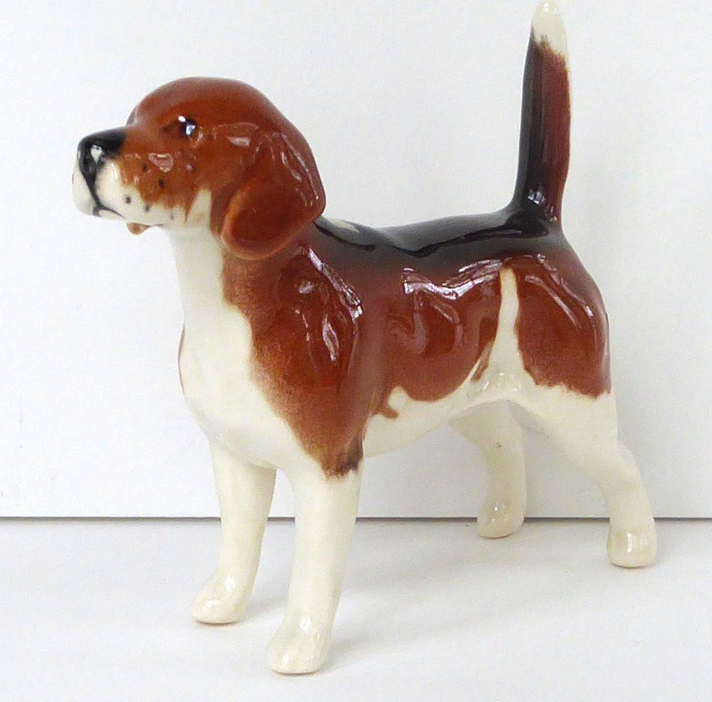 Beswick Royal Doulton Beagle Foxhound Figurine 1939 Hunt Dog