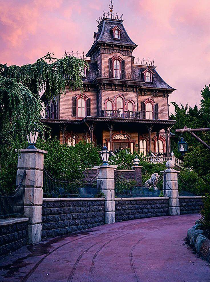 Photo of 30 Disneyland Paris Park Secrets and Hidden Gems: The Ultimate Guide!