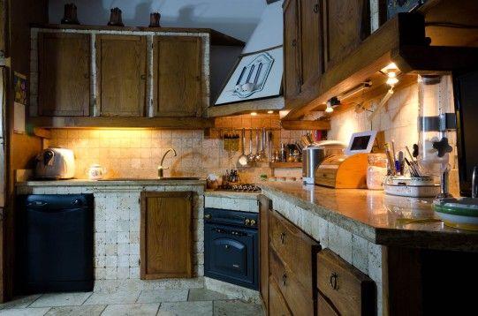 FOTO 6: Cucina rustica in legno e travertino | Kitchen | Pinterest ...