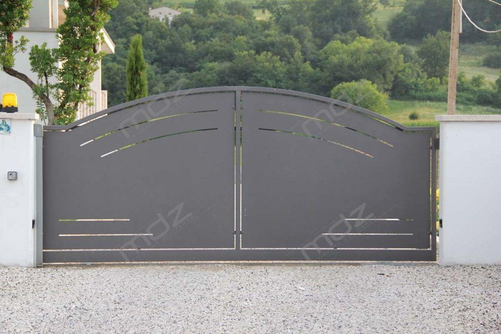 Cancello In Ferro Moderno.Cancelli Moderni In Acciaio E Ferro Battuto Vicenza