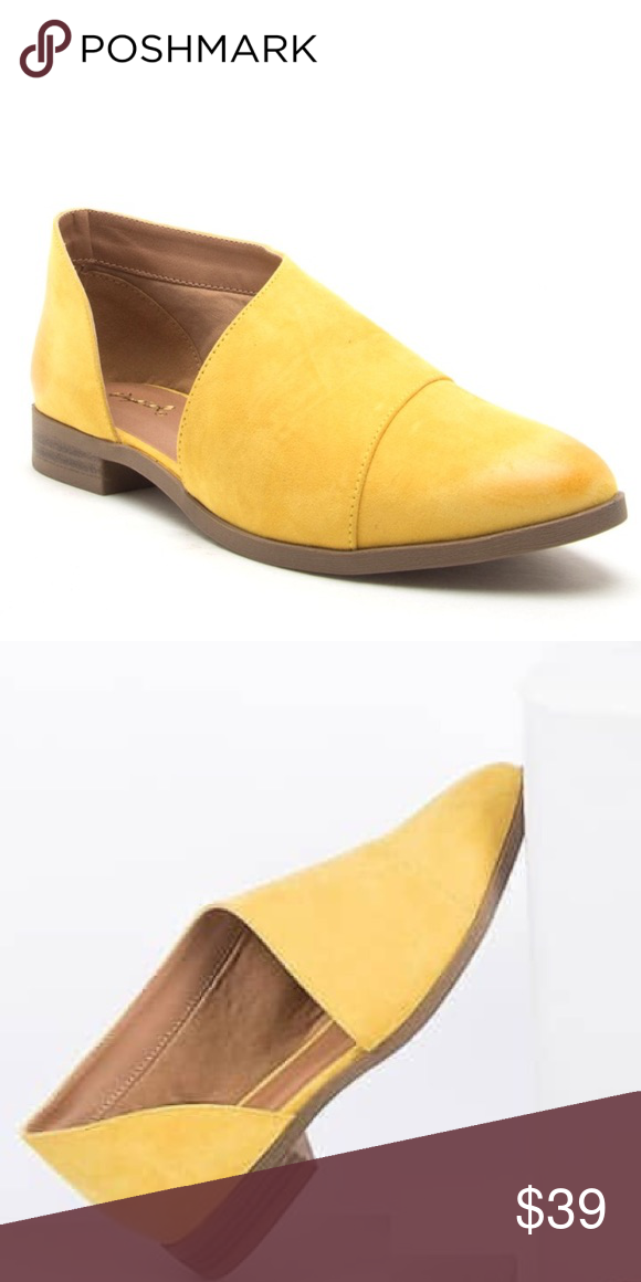 85c4cf2a9f7a Qupid Yellow Tuxedo open side flat