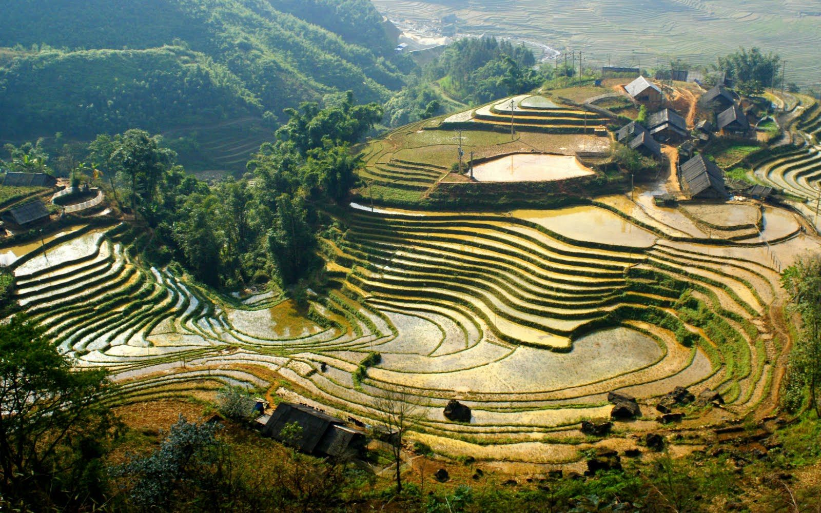 The 6 Best Hikes in Asia - Who Needs Maps   Vietnam travel, Sapa vietnam, Beautiful places to visit