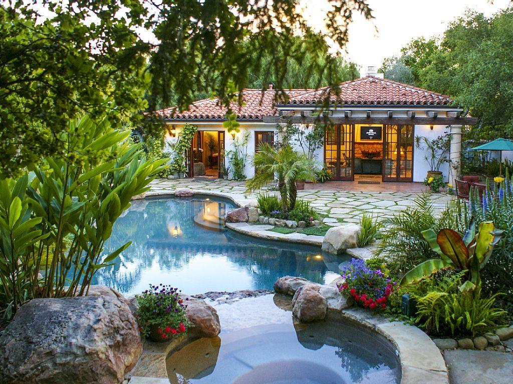 Cabana Las Floras A Tropical Cabana Homeaway Montecito Backyard Pool Designs Small Pool Design Backyard Pool