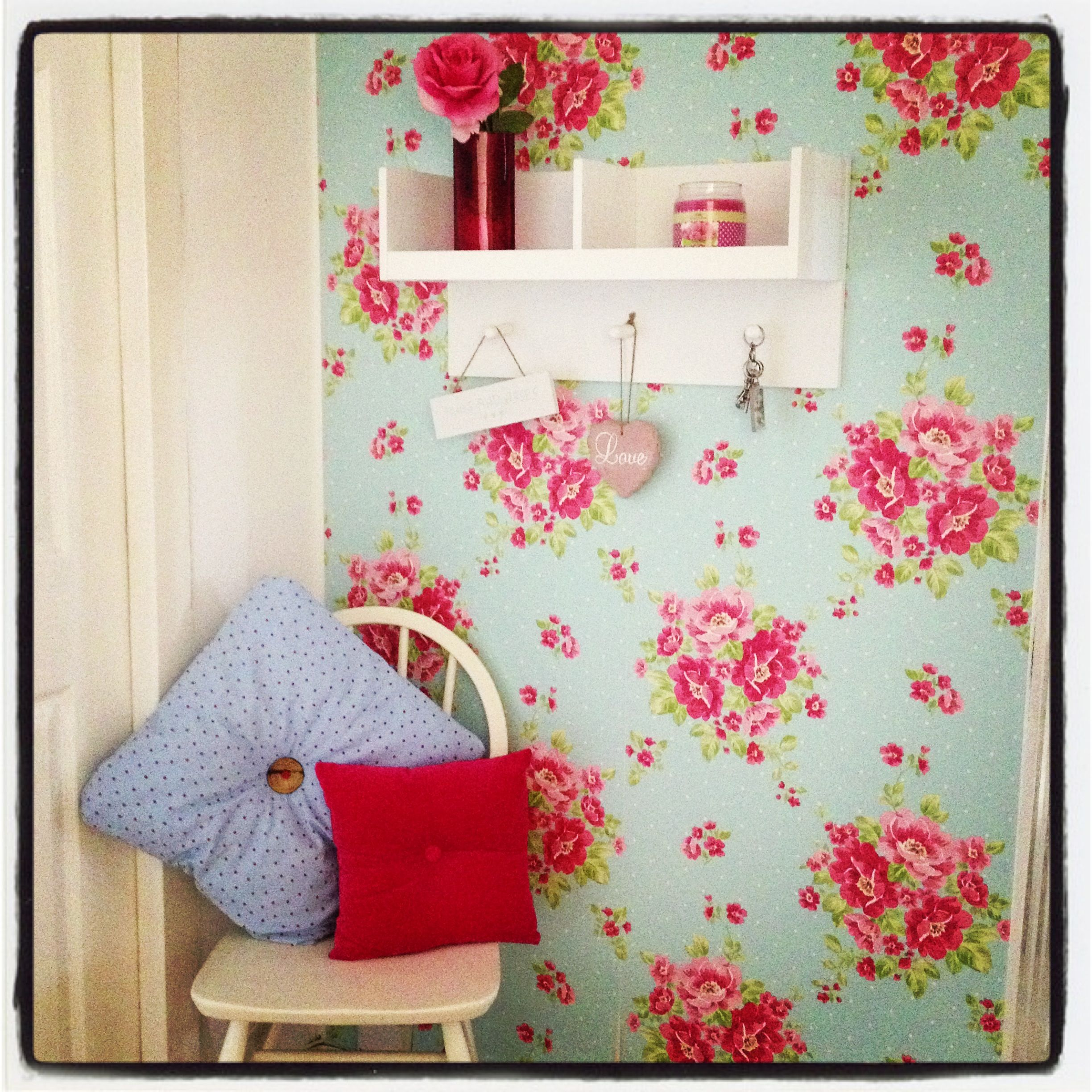 New hallway vintage shabby chic floral :-)