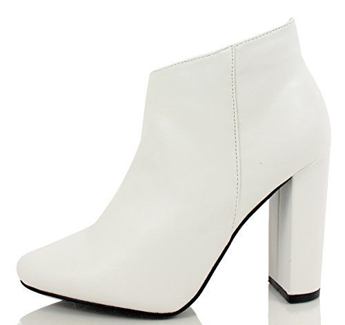Women's Lisa 11 Faux Leather Pointy Toe Chunky Heel Ankle Boot