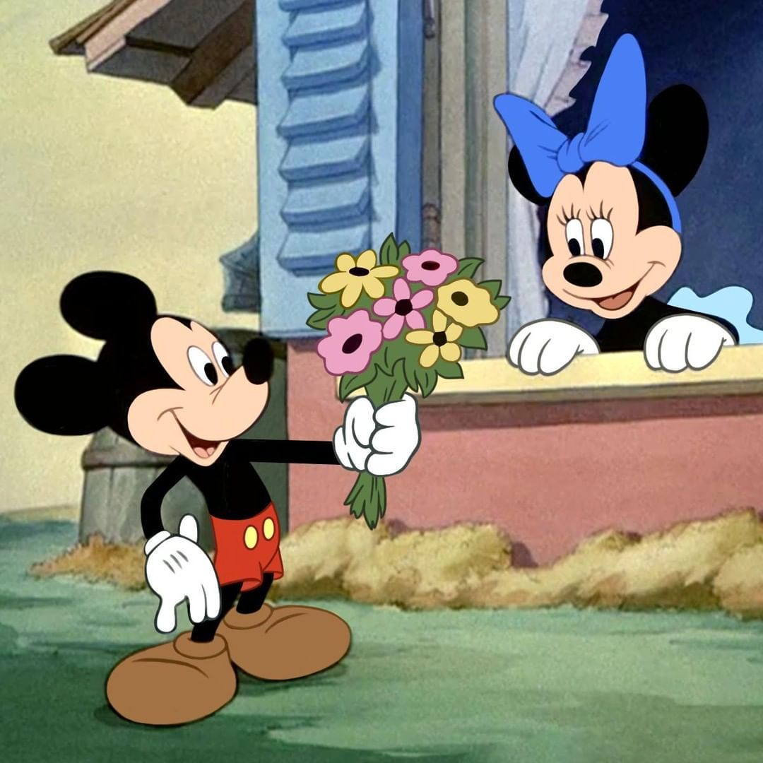 Minnie Mouse On Instagram I Him Bunches Tag A Friend To Send Them A Virtual Bouquet
