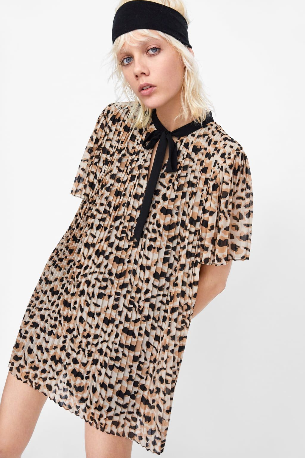 ee5dbc24f4 Image 2 of PLEATED ANIMAL PRINT JUMPSUIT DRESS from Zara