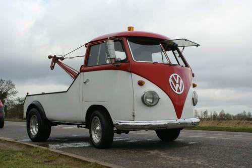 VW wrecker | Volkswagen transporter, Volkswagen, Vintage vw